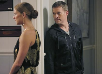 Watch Revenge Season 4 Episode 10 Online