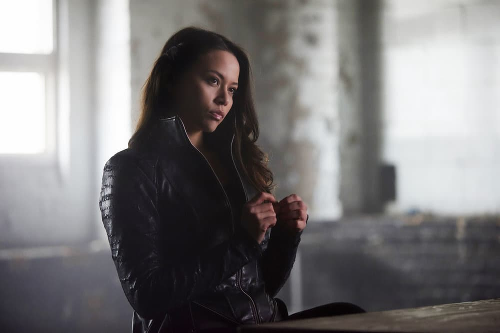 Dark Matter Season 2 Episode 8 Review: Stuff to Steal, People to
