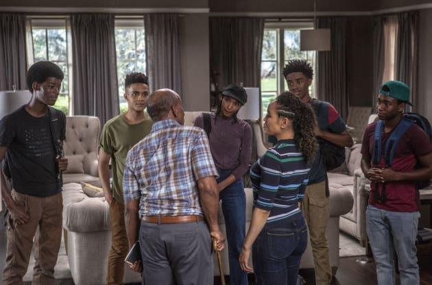 Prosper Moves In - Queen Sugar Season 3 Episode 8 - TV Fanatic