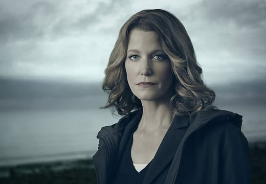 Anna Gunn as Detective Ellie Miller - Gracepoint Season 1