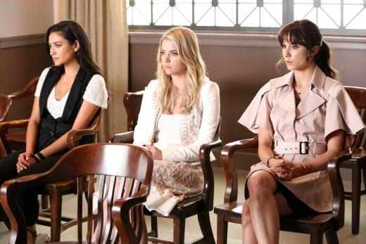 Five Years Later - Pretty Little Liars