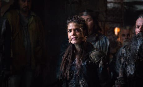 Prisoner Octavia - The 100 Season 3 Episode 7
