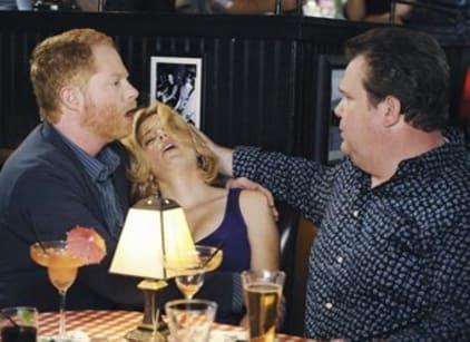 Watch Modern Family Season 1 Episode 8 Online