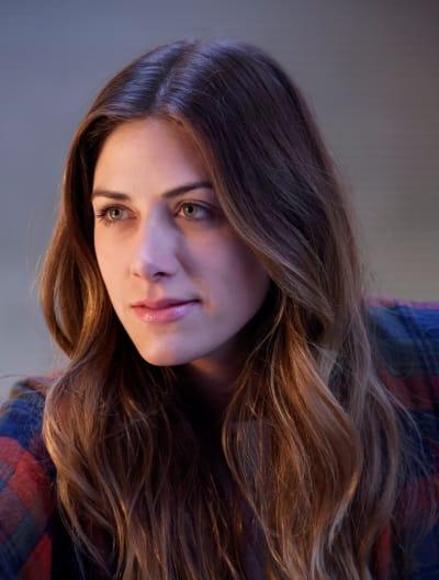 Beautiful Murphy - Tall  - In The Dark Season 2 Episode 6
