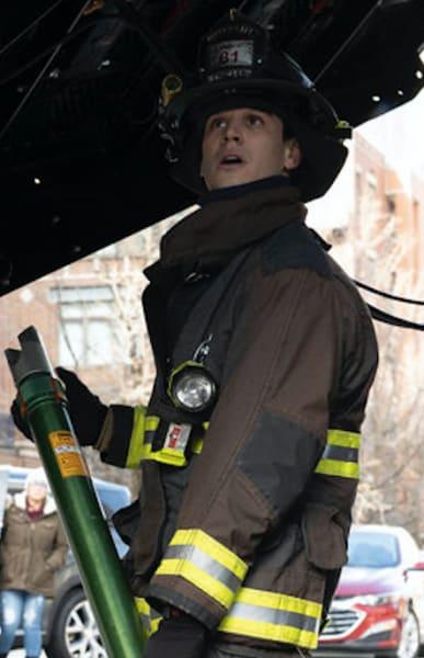 Gallo rescue - Chicago Fire Season 9 Episode 4