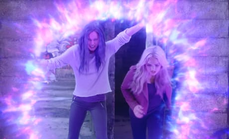 Blink and Lauren Saving Mutants - The Gifted Season 2 Episode 1