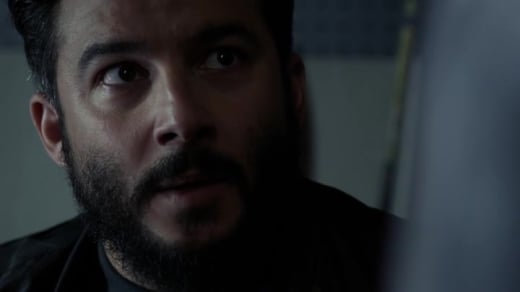 Rich Hides - Blindspot Season 3 Episode 3
