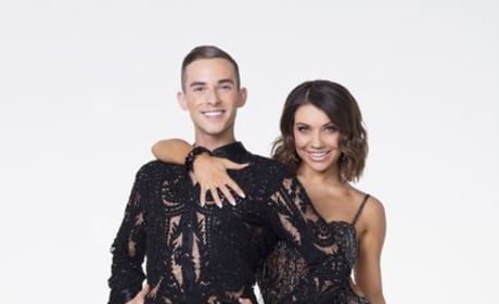 Dancing With The Stars: Athletes Compete for the Mirrorball!