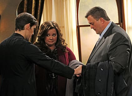 Watch Mike & Molly Season 2 Episode 19 Online