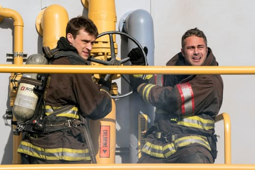Two Man Job - Chicago Fire Season 6 Episode 11