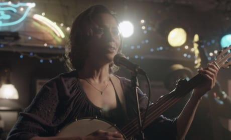Hallie at the Bluebird - Nashville Season 5 Episode 15