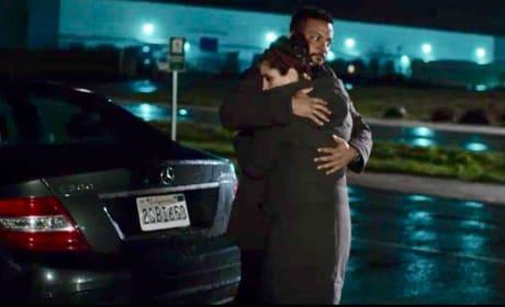 Dr. Simon embraces Rachel  - UnREAL Season 3 Episode 6