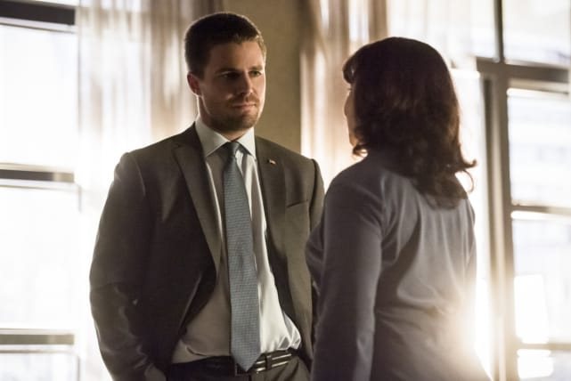 Where Did She Go - Arrow Season 6 Episode 1
