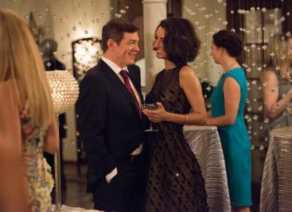Watch Girlfriends' Guide to Divorce Season 2 Episode 3 Online