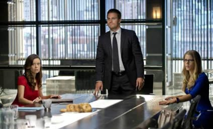 Arrow Season Premiere Pics: Welcome to The City of Heroes