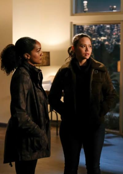 Harper and Lucy Look Concerned - The Rookie Season 2 Episode 14