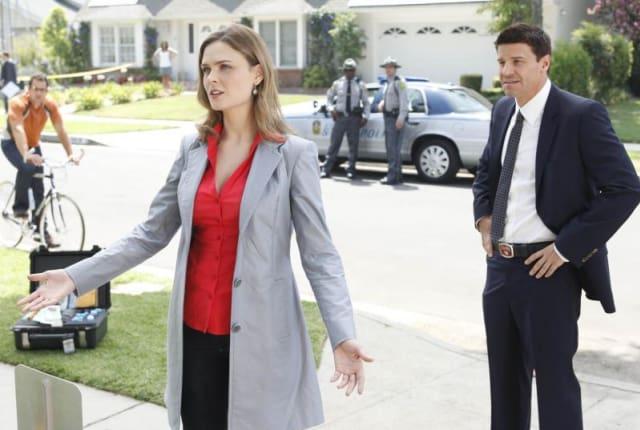 Watch Bones Season 5 Episode 4 Online - TV Fanatic