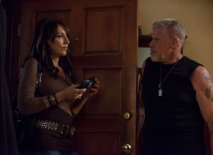 Watch Sons of Anarchy Season 5 Episode 9 Online