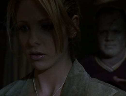Stalking Zombie - Buffy the Vampire Slayer Season 2 Episode 2
