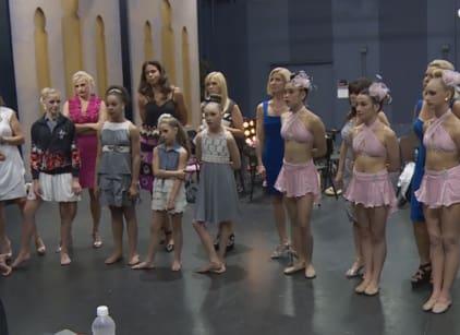 Watch Dance Moms Season 4 Episode 32 Online