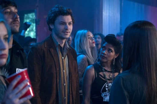 Mystery Man - The Fosters Season 5 Episode 5