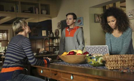 Moms and Me - The Fosters Season 4 Episode 16