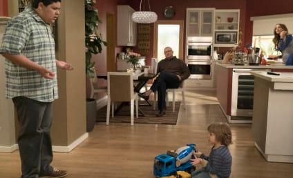 Watch Modern Family Online: Season 7 Episode 19