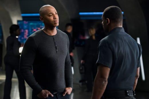 J'onn and James Talk - Supergirl Season 3 Episode 21