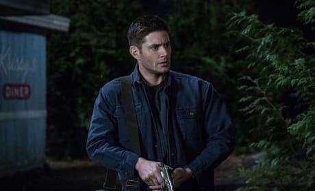 Dean Has A Gun - Supernatural Season 13 Episode 17