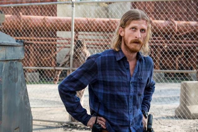 Switching Sides - The Walking Dead Season 8 Episode 15