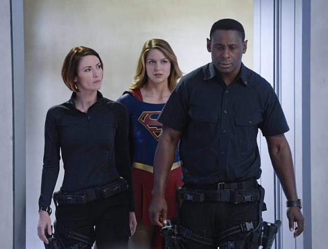 Helping hank supergirl