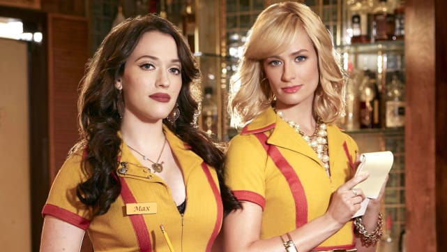 Kat Dennings & Beth Behrs - 2 Broke Girls