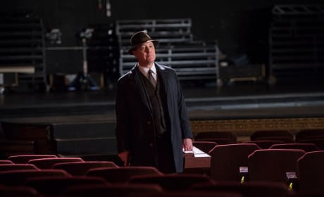 Red arrives - The Blacklist Season 4 Episode 21
