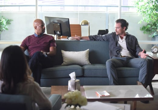 Couples Therapy - Lethal Weapon Season 1 Episode 4