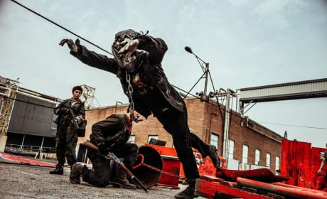 Armored Z on the Loose! - Z Nation Season 4 Episode 11