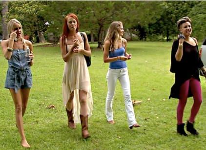 Watch Southern Charm Season 1 Episode 8 Online