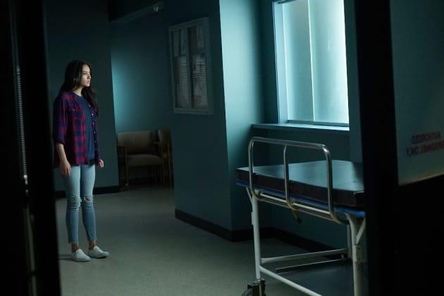 Going Rogue - Pretty Little Liars Season 7 Episode 2