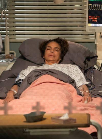 An Old Friend - Tall - Grey's Anatomy Season 15 Episode 22