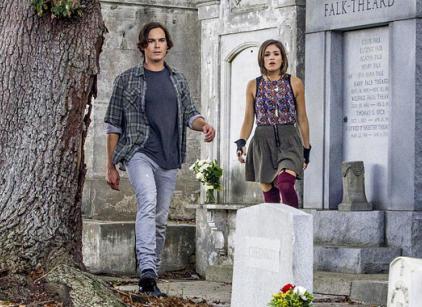 Watch Ravenswood Season 1 Episode 1 Online