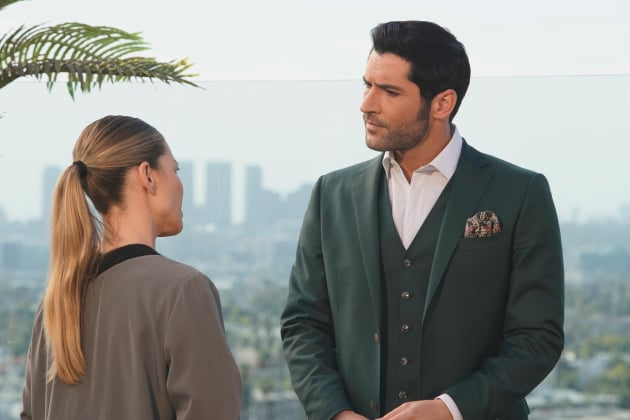 Lucifer Pushes Chloe Further Away Season 3 Episode 17