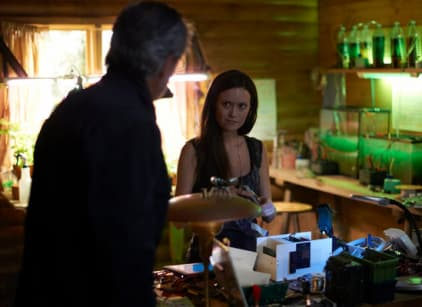 Watch Alphas Season 2 Episode 6 Online