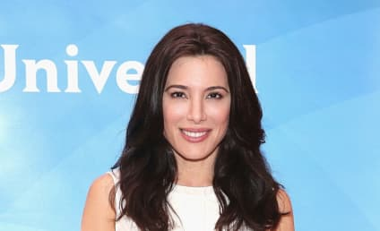 Which Mikaelson Is Jaime Murray Getting Close to on The Originals Season 5?