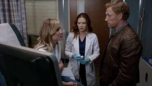 Grey S Anatomy Season 14 Episode 18 Review Hold Back The River Tv Fanatic