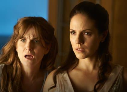 Watch Lost Girl Season 4 Episode 3 Online