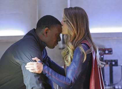 Watch Supergirl Season 1 Episode 20 Online