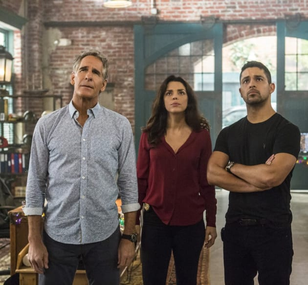 Visitor to NOLA - NCIS: New Orleans Season 3 Episode 14
