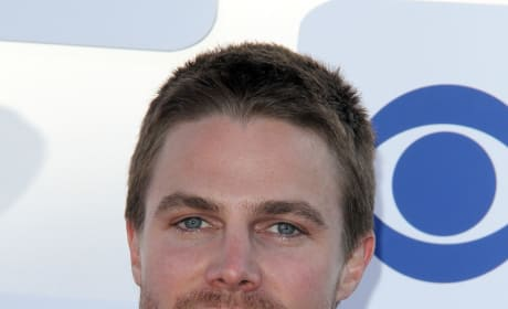 Stephen Amell Photo