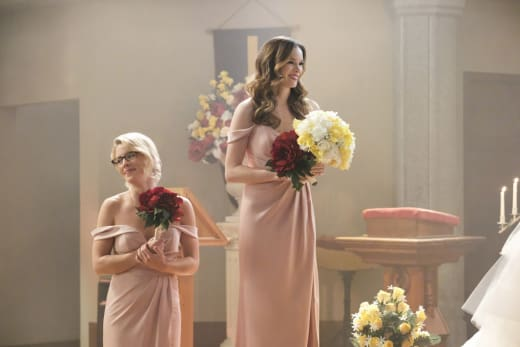 Beautiful Bridesmaids - Supergirl Season 3 Episode 8