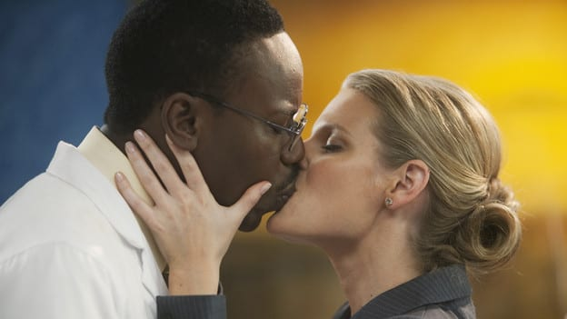 Lem and Lawyer Kissing