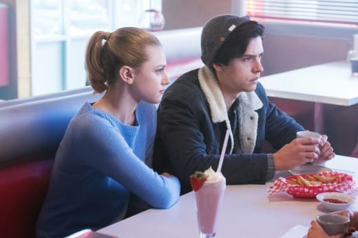 Undivided Attention - Riverdale Season 1 Episode 8